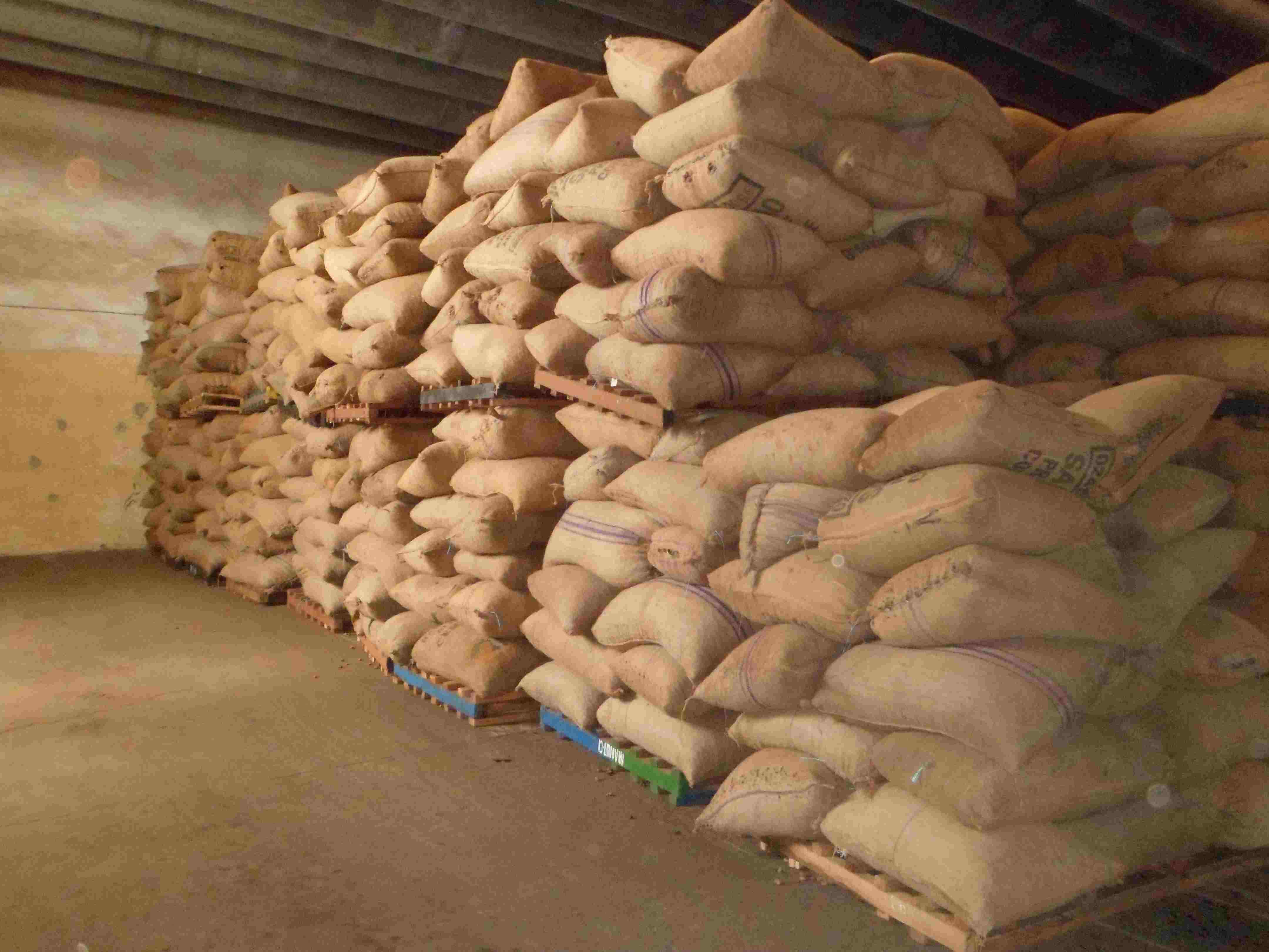 COMMUNIQUE DE PRESSE Relatif au prix bord champs de la noix brute de cajou – Campagne 2015