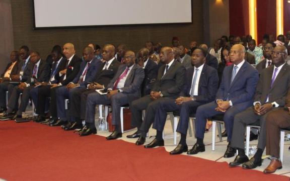 L'anacarde réunit en Côte d'Ivoire des ministres et experts de pays producteurs